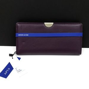 NWT Purple Genuine leather clutch wallet RFID